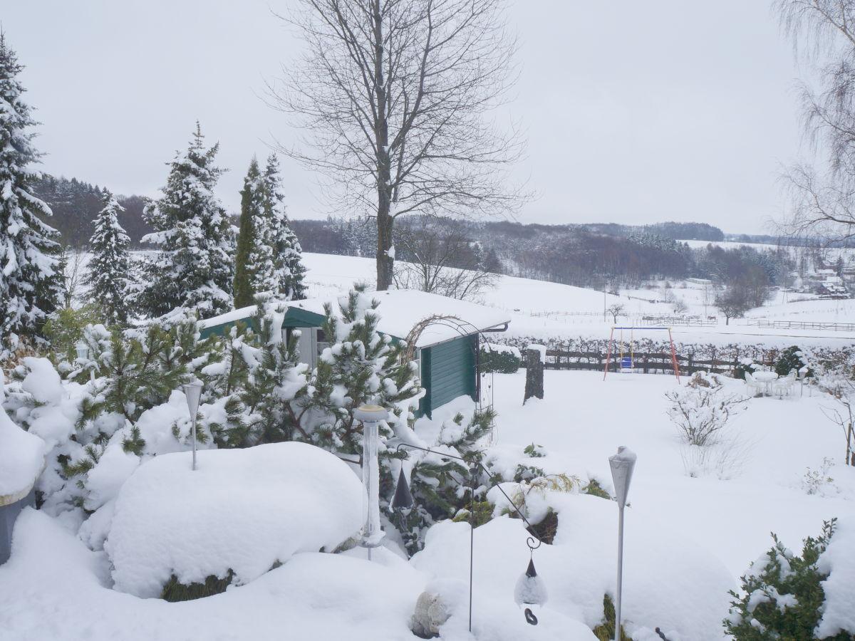 Ferienwohnung luxus marliese bergisches land frau maria barth - Garten im winter ...