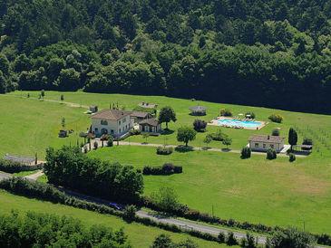 Villa Dreamlike mit Pool und Tennisplatz