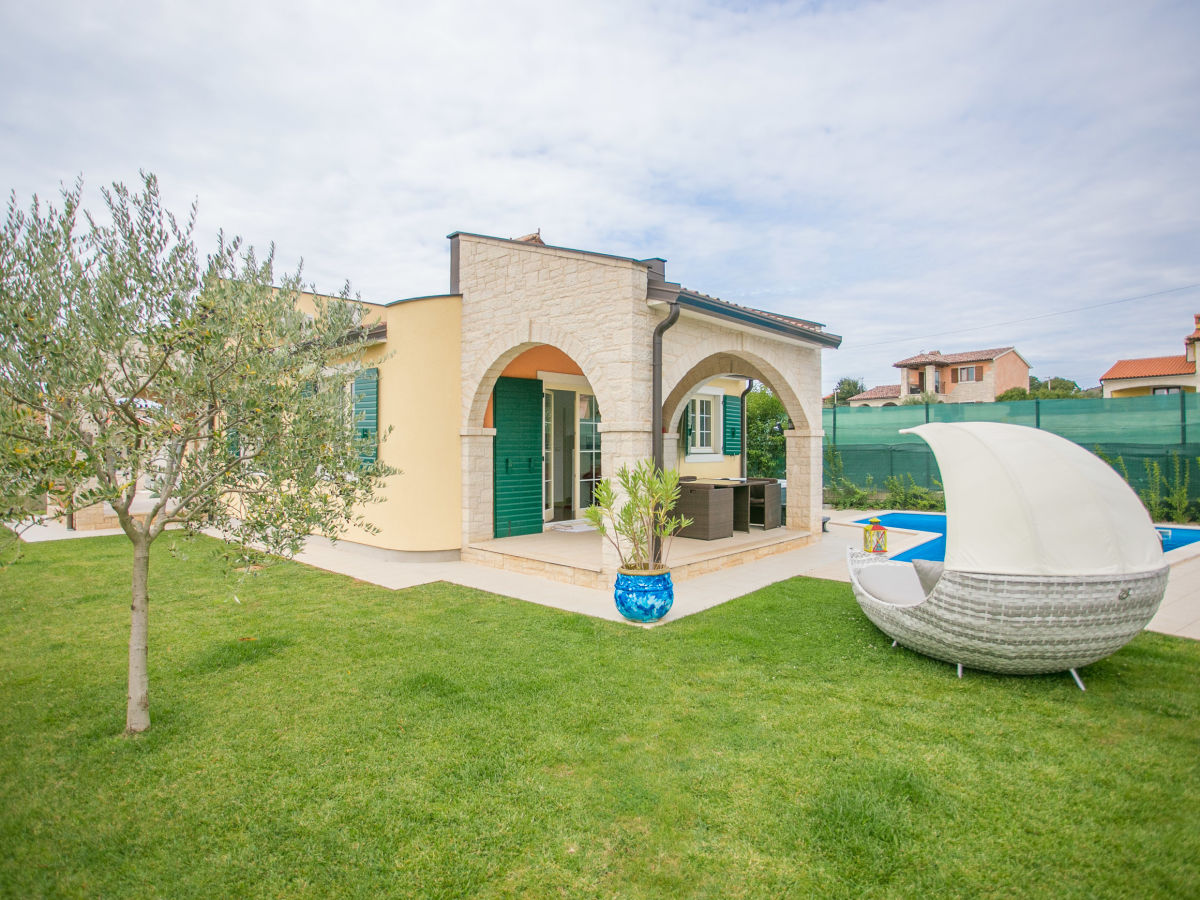 Villa Hacienda, Montizana, Istrien - Firma EUROTOURS POREC ...