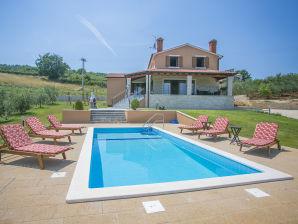 Villa Spinovci Fiore