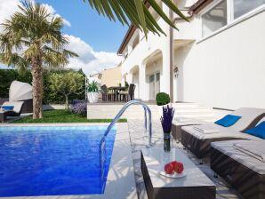 Villa Palma Selina