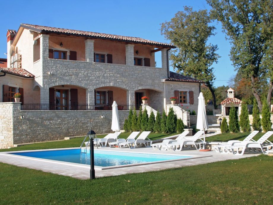 Villa Vernier, Tinjan, Istrien - Firma EUROTOURS POREC ...