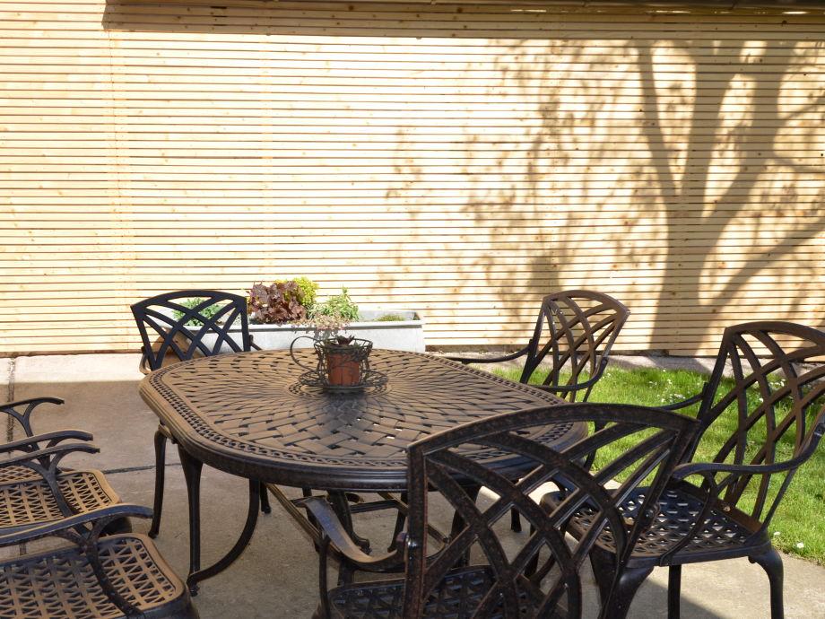 idyllic indoor gardening