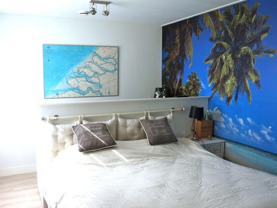 Ferienhaus de horizon 20 zeeland renesse firma sorglos urlaub in zeeland frau lara koppenaal - Schrankwand schlafzimmer ...