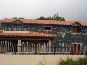 Landhaus Paradies mit fantastischem See und Bergbick
