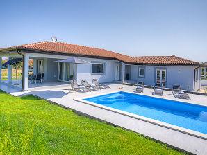 Villa Lovre