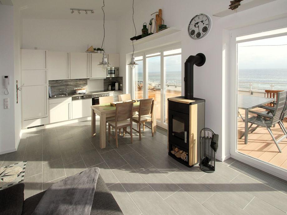 Wohnzimmer mit Panorama Seeblick