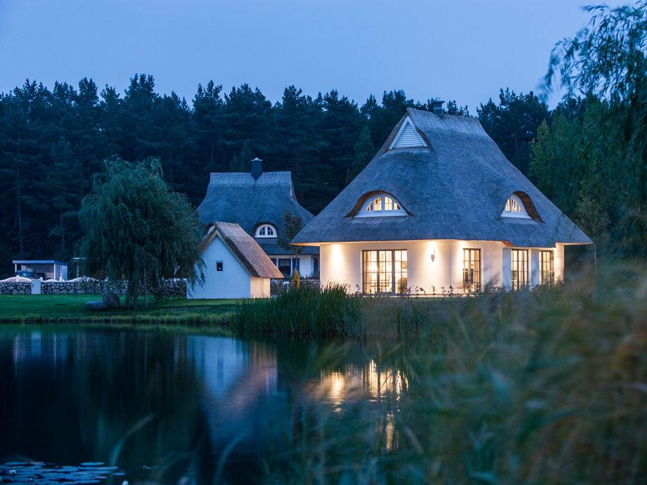 Das Ferienhaus am Abend