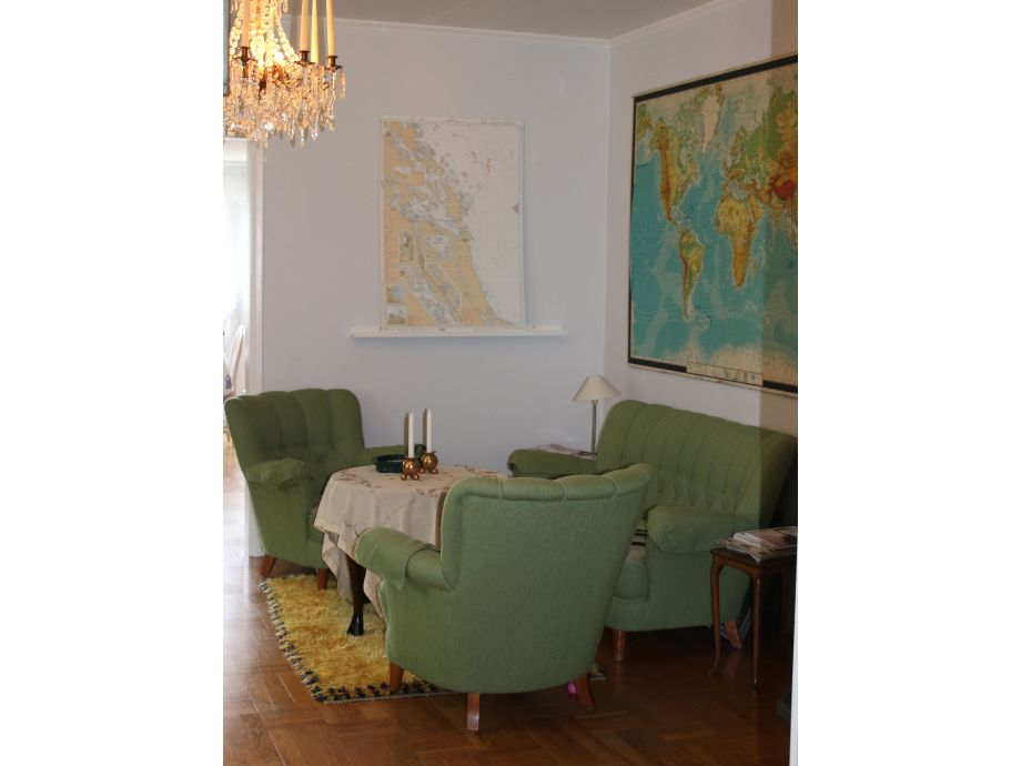 Ferienhaus villa sonnenbucht schweden uppland frau ann for Wohnzimmer 19 jahrhundert