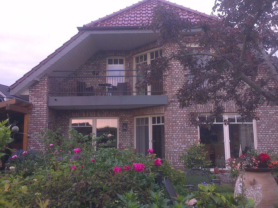 Gartenansicht, Ferienwohnung mit Balkon