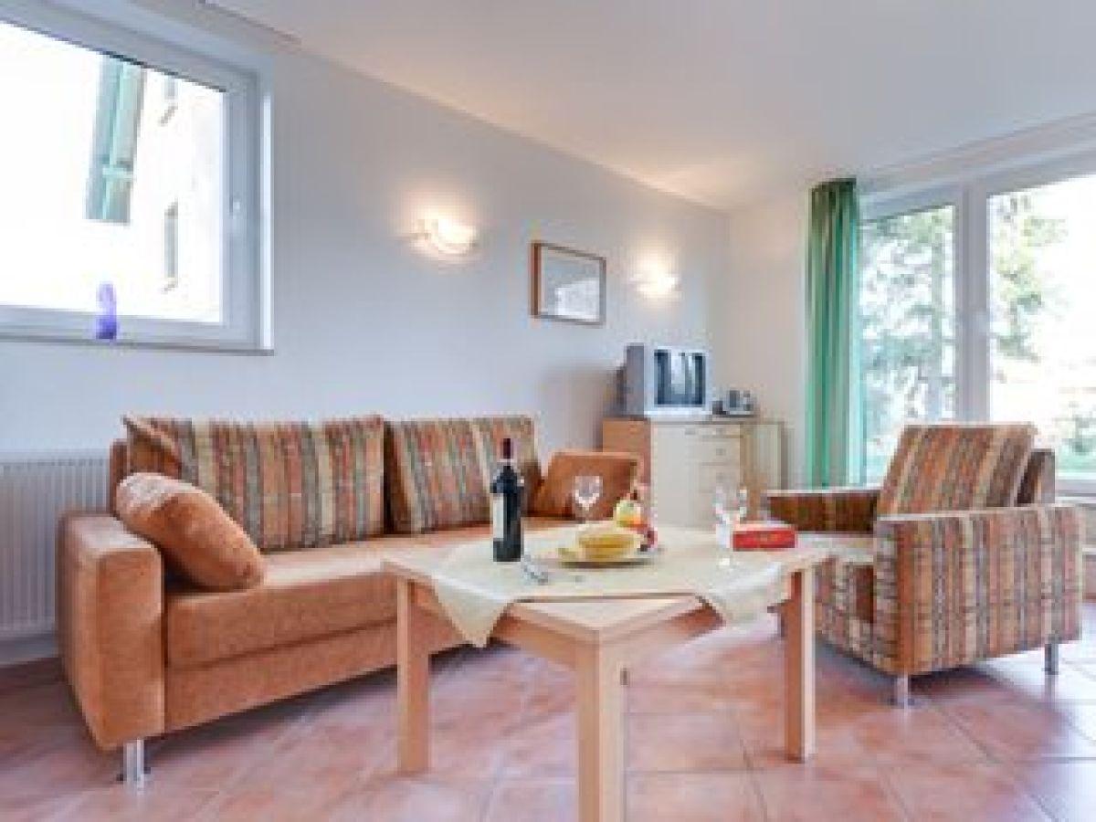 ferienhaus 97 gh im m ritz ferienpark r bel m ritz r bel m ritz firma reisen in mv frau. Black Bedroom Furniture Sets. Home Design Ideas