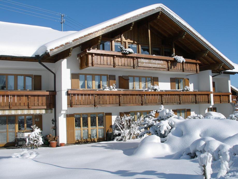 Sonnig aber kalter Wintereindruck vom Haus Bergblick