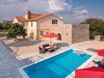 Holiday house Holiday home Vrh