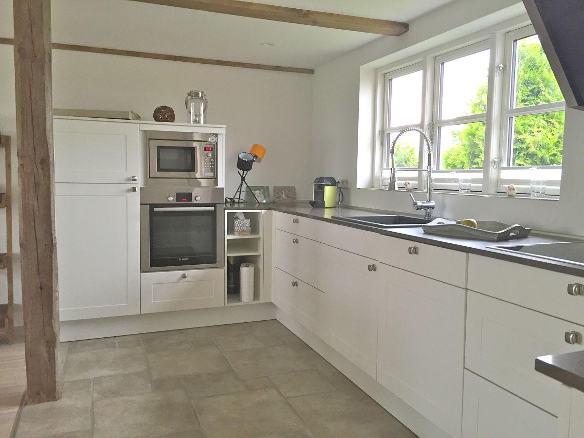 Küche Schlafzimmer, 1 Doppelbett 1,60 X 2m Schlafzimmer, 1 Bett 1,20 ~ Doppelflügeltür  Wohnzimmer