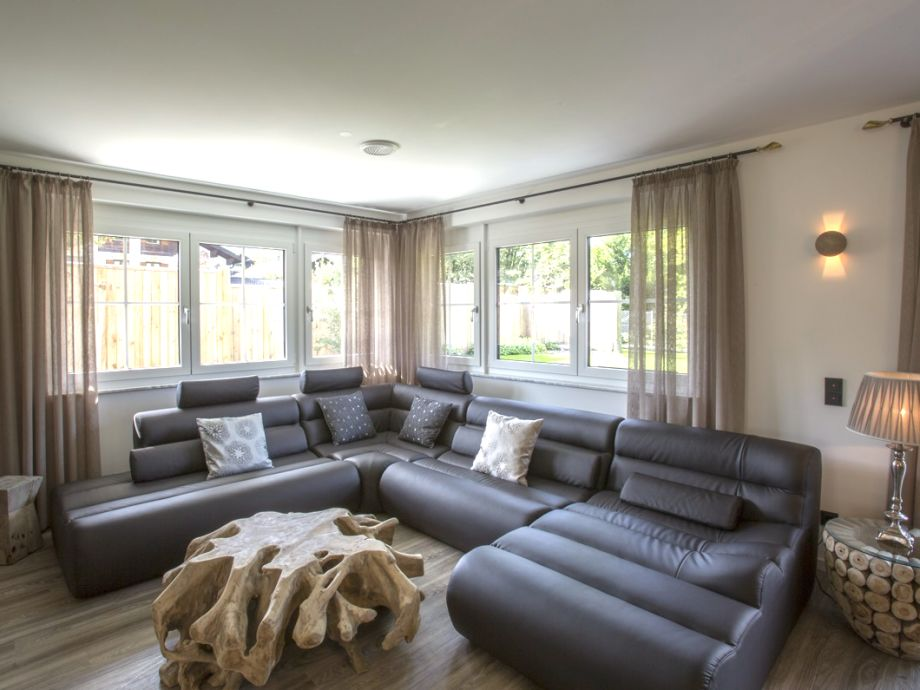ferienhaus garten residence oberbayern garmisch. Black Bedroom Furniture Sets. Home Design Ideas