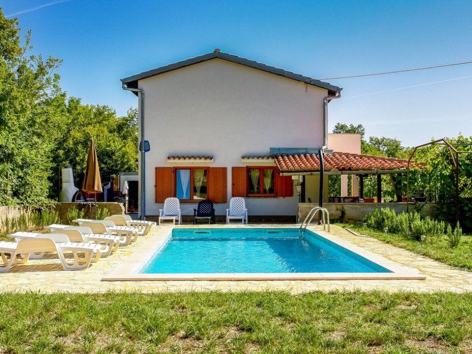 Ferienhaus mit Pool - Amore