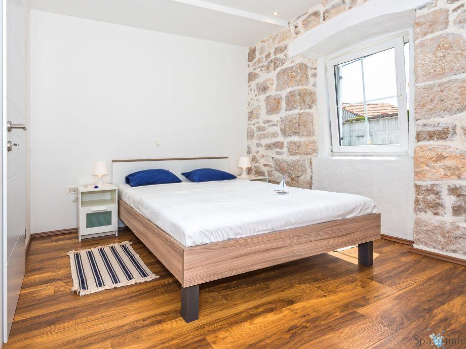 ferienhaus dida bone sibenik umgebung firma spa time. Black Bedroom Furniture Sets. Home Design Ideas