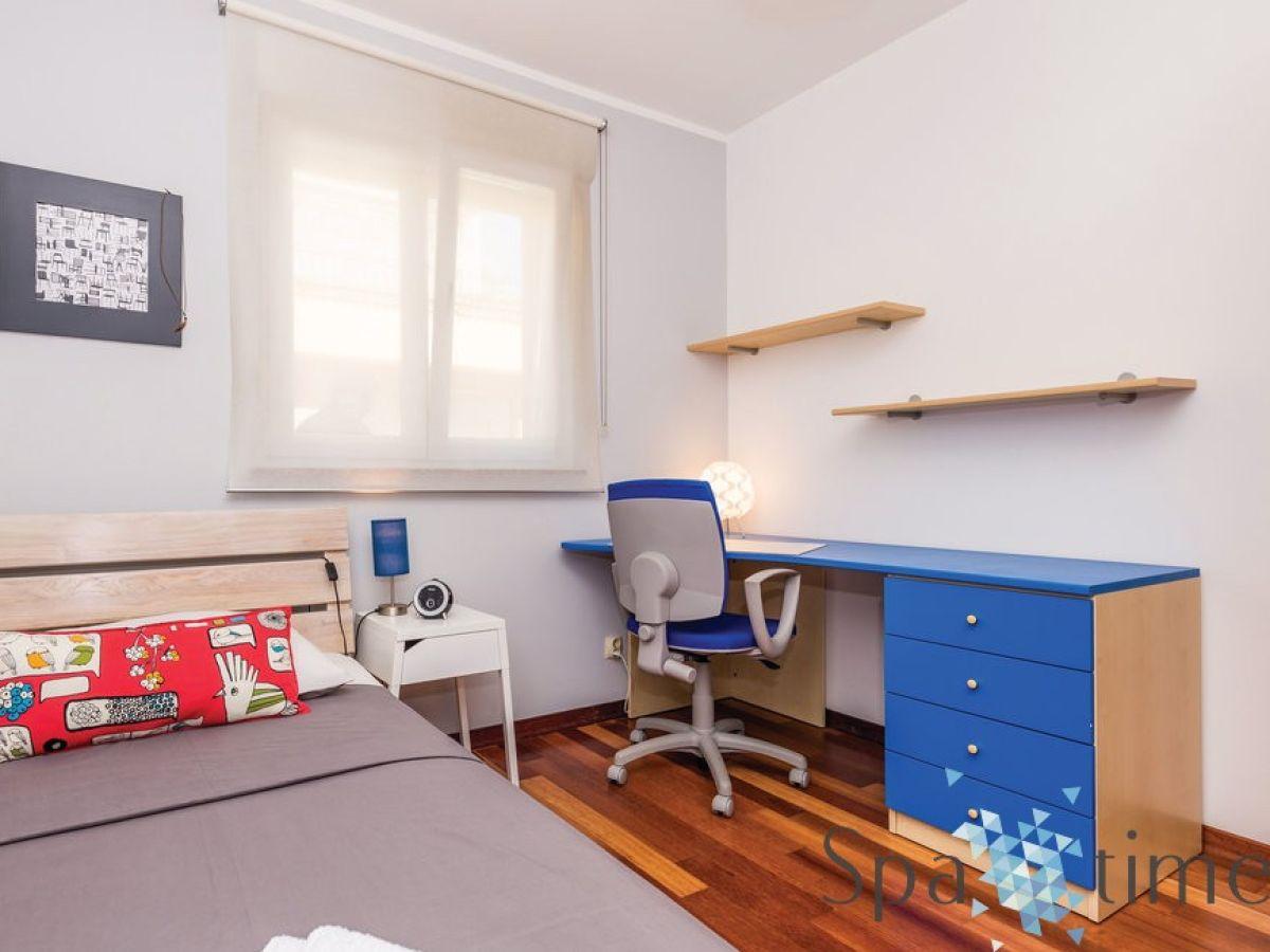ferienwohnung ola kvarner bucht opatija firma spa time. Black Bedroom Furniture Sets. Home Design Ideas