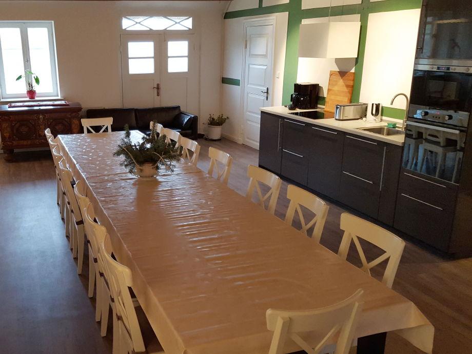 Tisch für bis zu 22 Personen