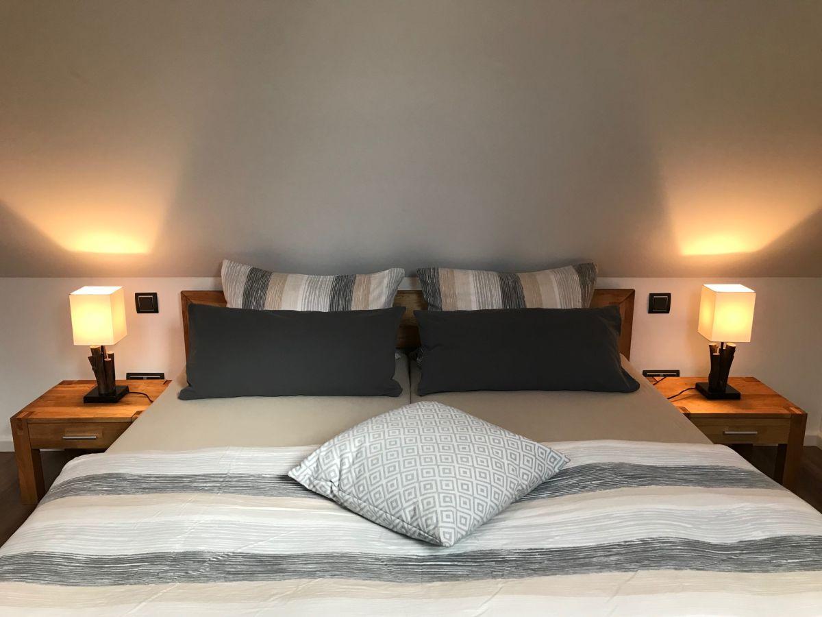 ferienhaus hude hude oldenburg familie katja und frank horn. Black Bedroom Furniture Sets. Home Design Ideas