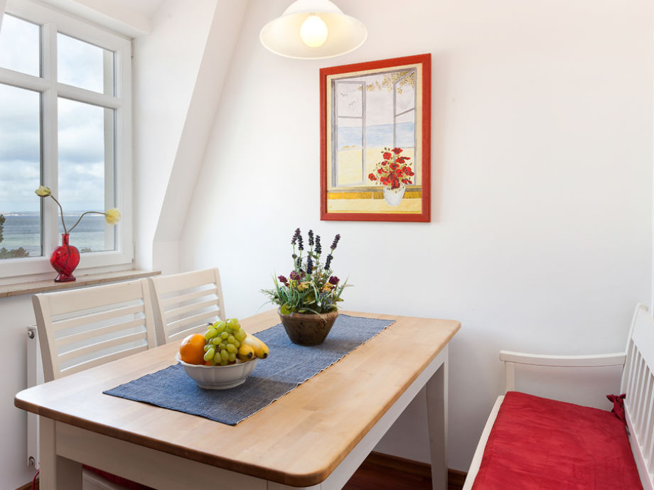 apartment mald ne in der villa helene insel r gen. Black Bedroom Furniture Sets. Home Design Ideas
