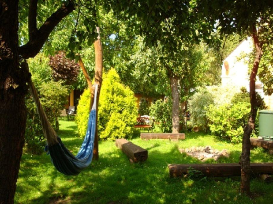 Der schöne, große Garten