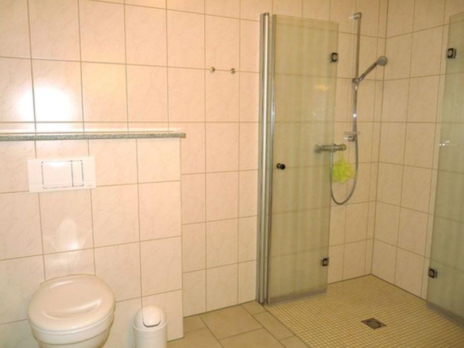 Innenarchitektur Engadin badezimmer mit ebenerdiger dusche goetics com gt inspiration design raum und möbel für ihre