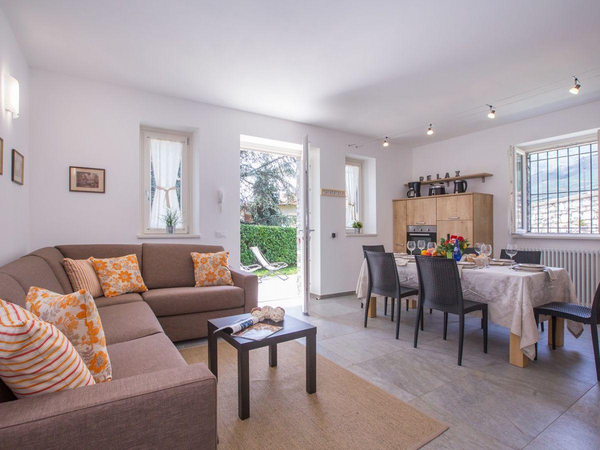 ferienhaus lenno dolcelago lake como lenno firma happy. Black Bedroom Furniture Sets. Home Design Ideas