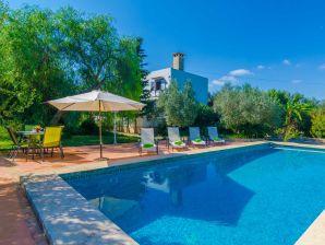 Villa Can Garba