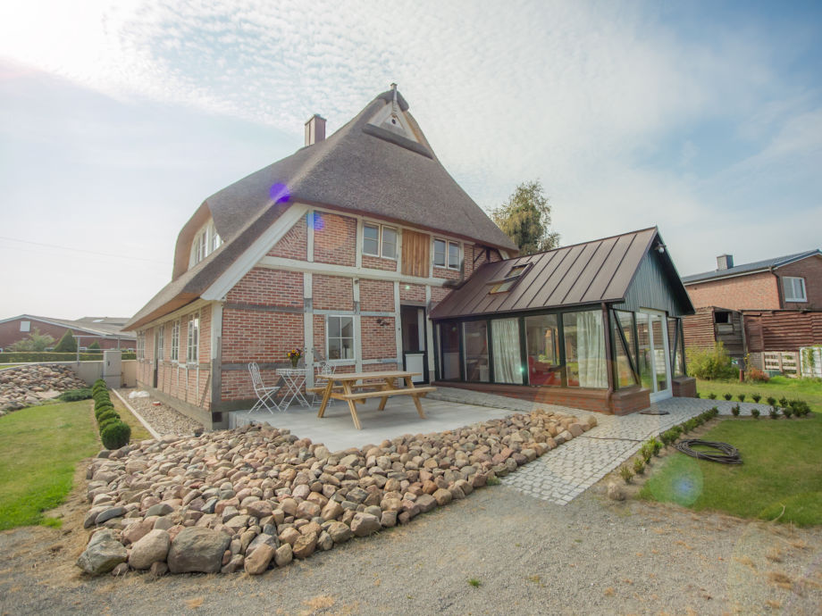 Ferienwohnung Elbe mit Wintergarten und Terrasse