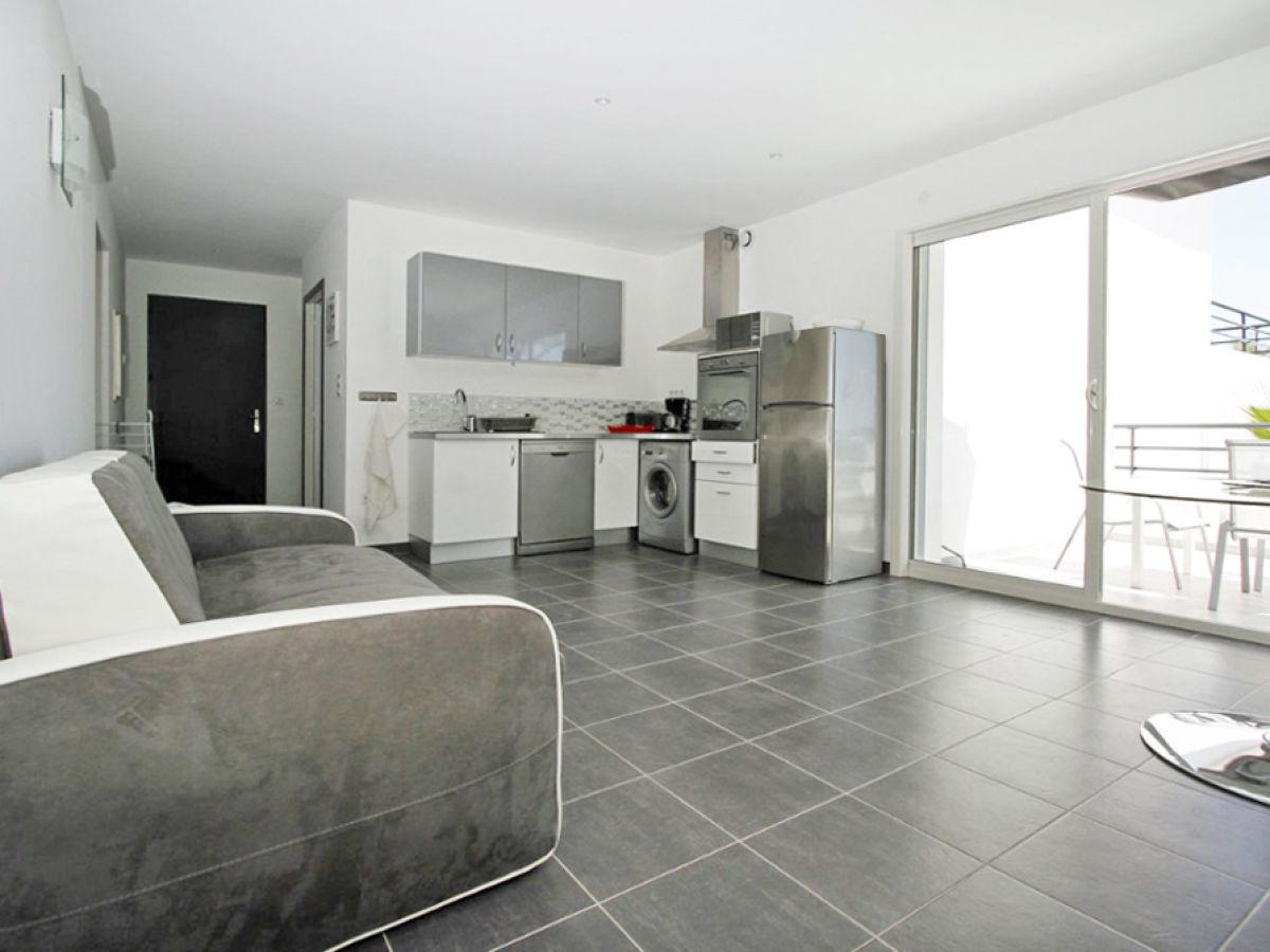 ferienwohnung romarin sainte maxime frau vera birgel. Black Bedroom Furniture Sets. Home Design Ideas
