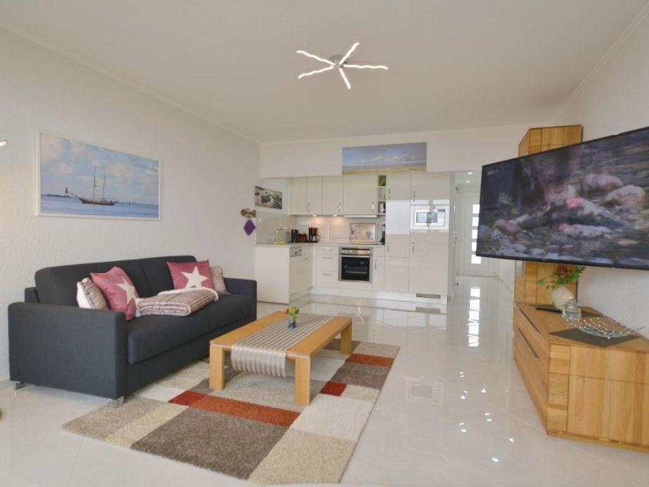 Wohnzimmer mit 50 Zoll TV + W-lan inkl.