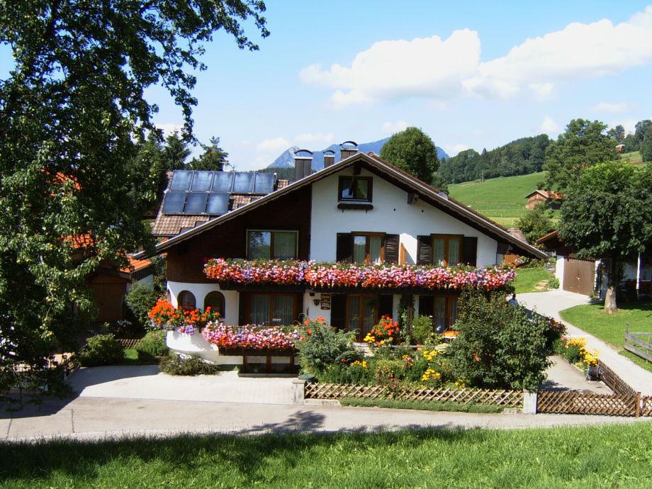 Außenaufnahme im Hause Konrad Vogler