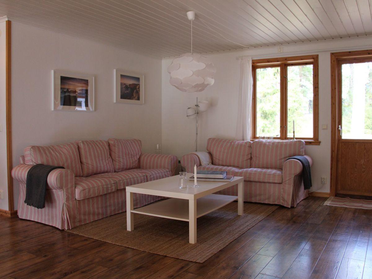 ferienhaus nglavik sm land schwedenblau. Black Bedroom Furniture Sets. Home Design Ideas