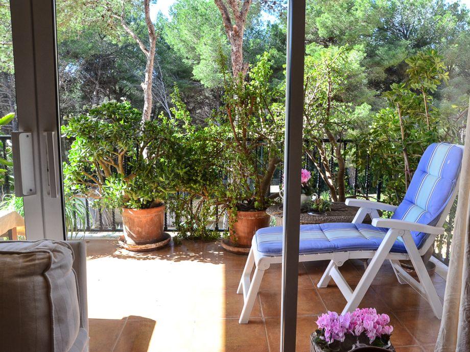 Sonnenliege auf dem Balkon der Ferienwohnung Romantica