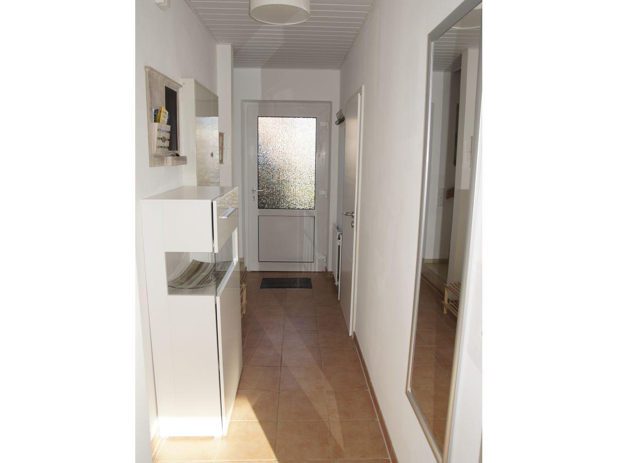 ferienhaus haus am teich hooksiel firma vermietungsservice nordsee frau edelgard neugebauer. Black Bedroom Furniture Sets. Home Design Ideas
