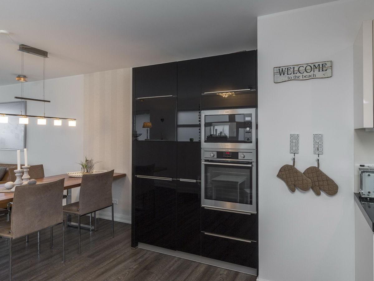 ferienwohnung mare2kico timmendorfer strand firma holm immobilien frau birgit holm. Black Bedroom Furniture Sets. Home Design Ideas