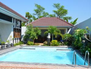 Villa Ditya