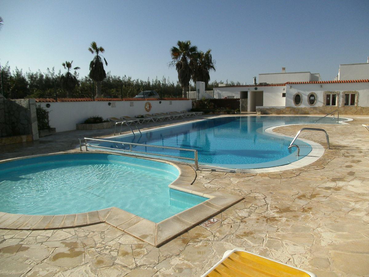 bungalow b 3 in anlage mit pool fuerteventura frau petra recktenwald. Black Bedroom Furniture Sets. Home Design Ideas