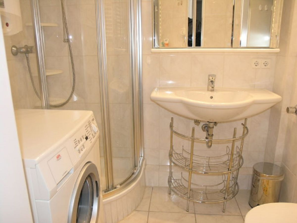 ferienwohnung meersburg 07 bodensee firma dafebo gmbh frau christa truckses. Black Bedroom Furniture Sets. Home Design Ideas