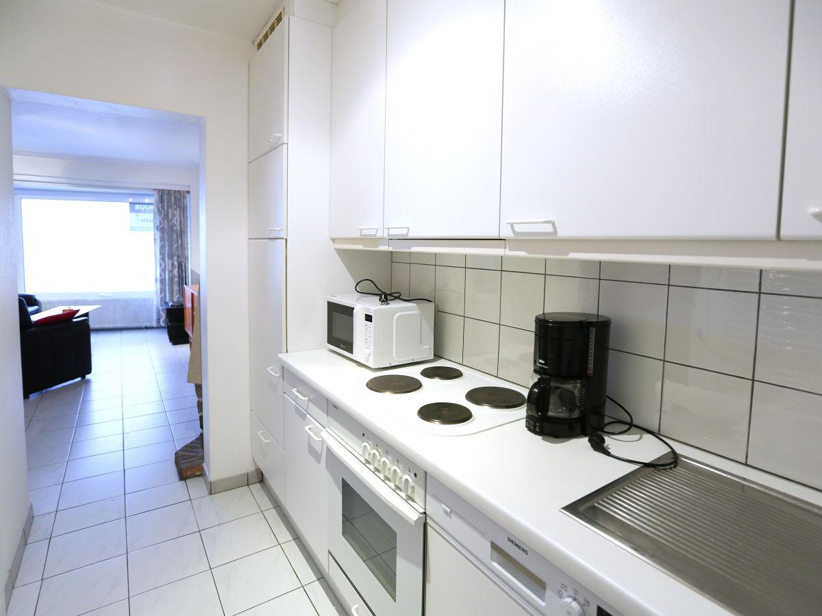 Apartment bruy res 01 belgische k ste westflandern for Backofen und mikrowelle in einem gerat