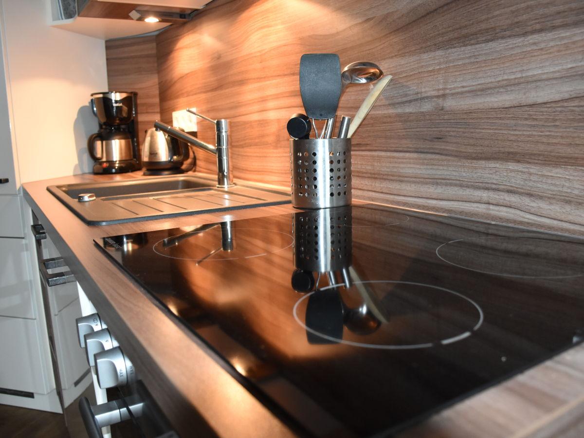 apartment newport weser bremerhaven herr dirk streb. Black Bedroom Furniture Sets. Home Design Ideas
