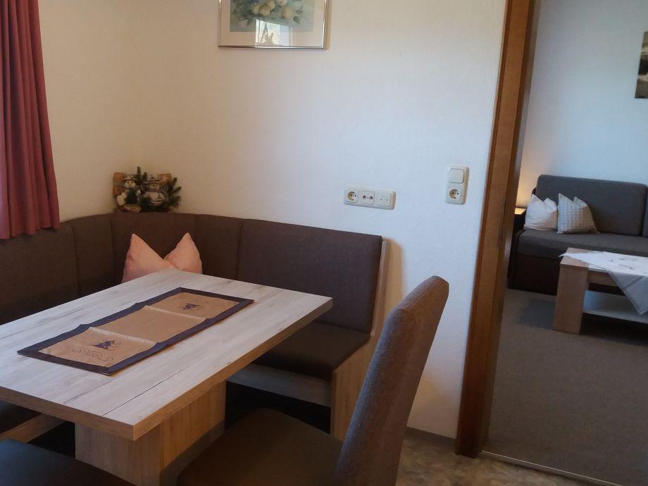 ferienwohnung zuppinger mayrhofen zillertal firma ferienwohnung zuppinger frau renate. Black Bedroom Furniture Sets. Home Design Ideas