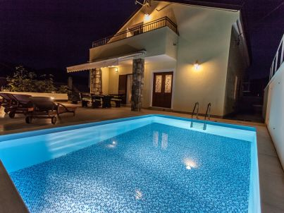 Villa Natura mit Pool