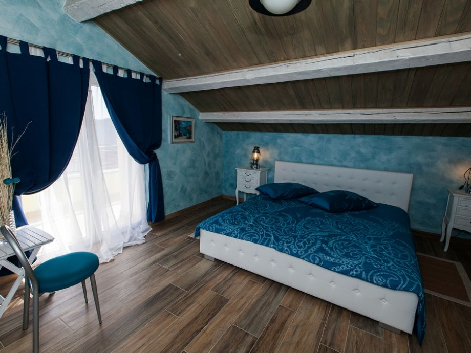 Traum schlafzimmer mit pool  Villa Natura mit Pool, Kvarner Bucht, Kroatien - Frau Nina Ceccolini