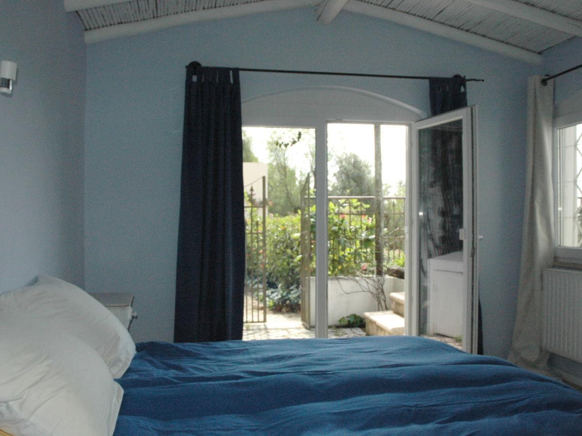 Ferienhaus vivenda palmeira algarve alvor alcalar dieter - Blaue wandfarbe schlafzimmer ...