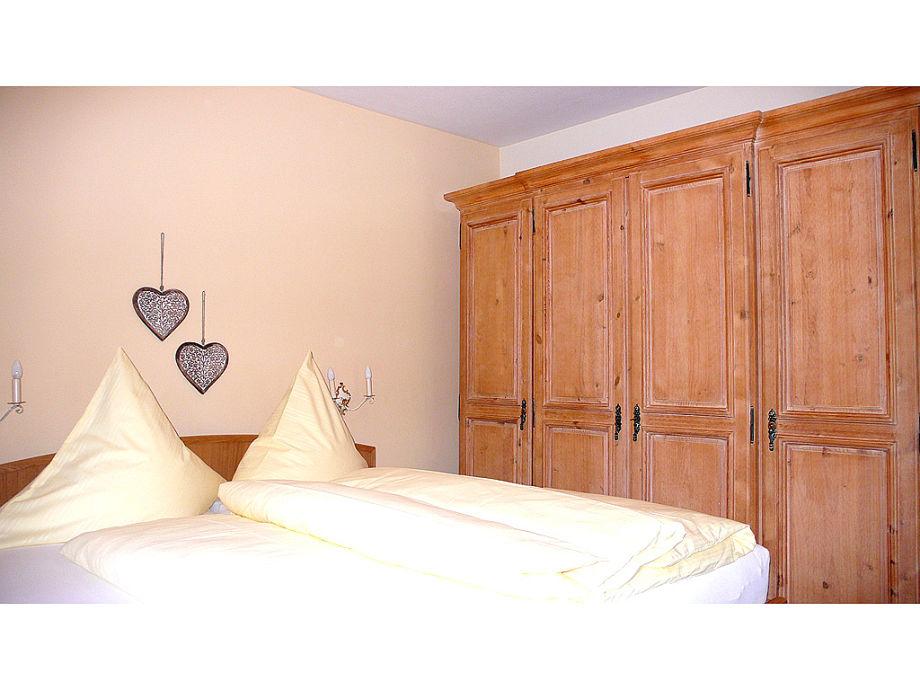 ferienwohnung anka oberbayern garmisch partenkirchen firma ferienwohnungen frau regina k nig. Black Bedroom Furniture Sets. Home Design Ideas