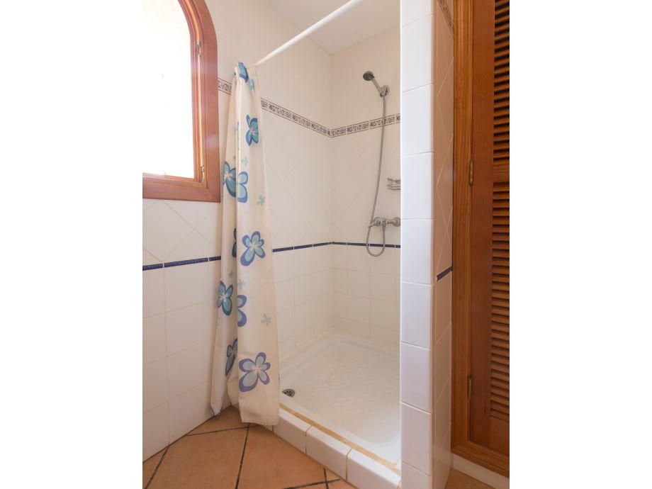 Dusche Am Fenster : Villa Can Bordils – 1190, Portocristo – Firma Villafinca -