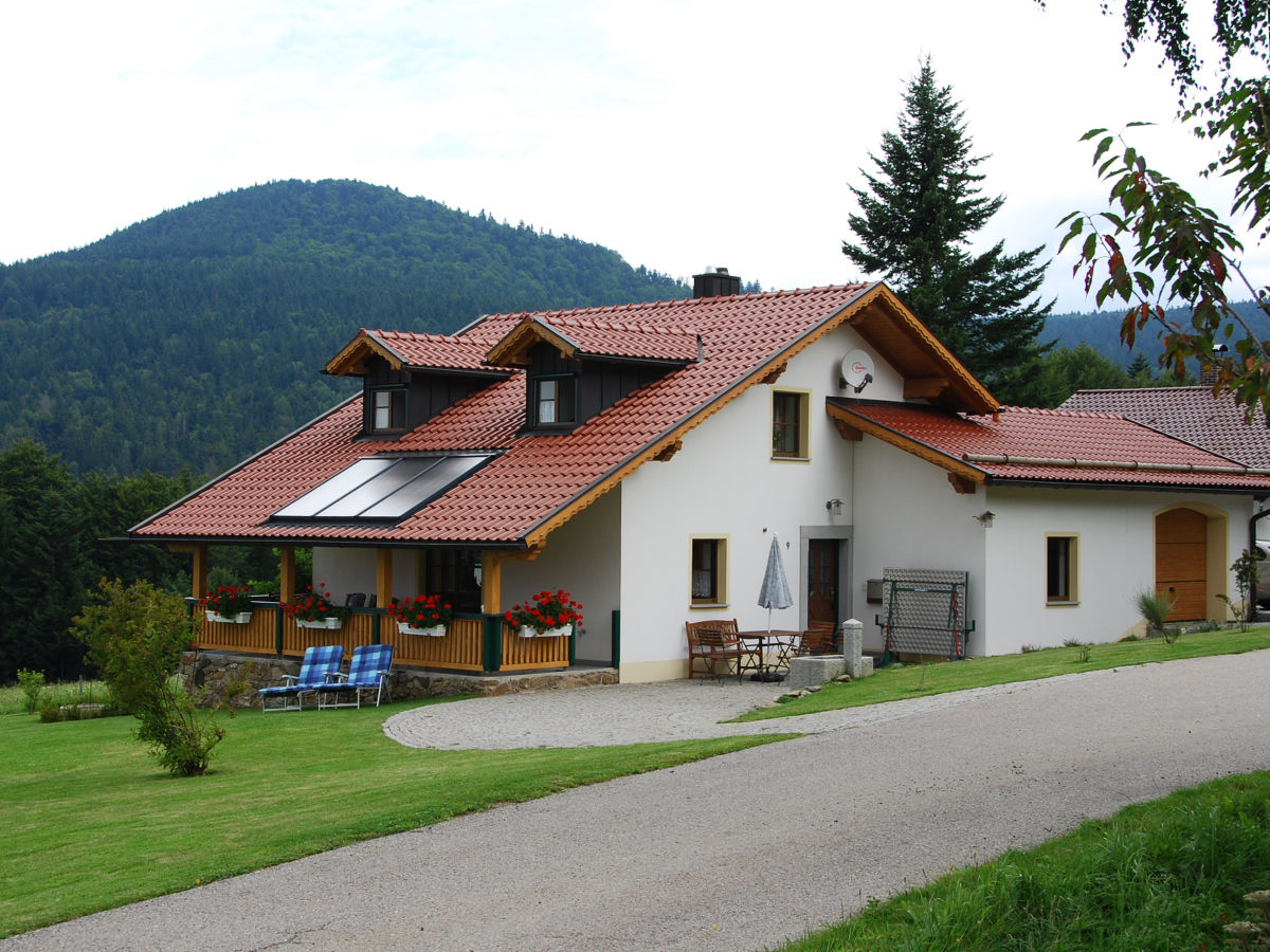 Ferienhaus Schellenberg Deggendorf Familie Inge und Hans