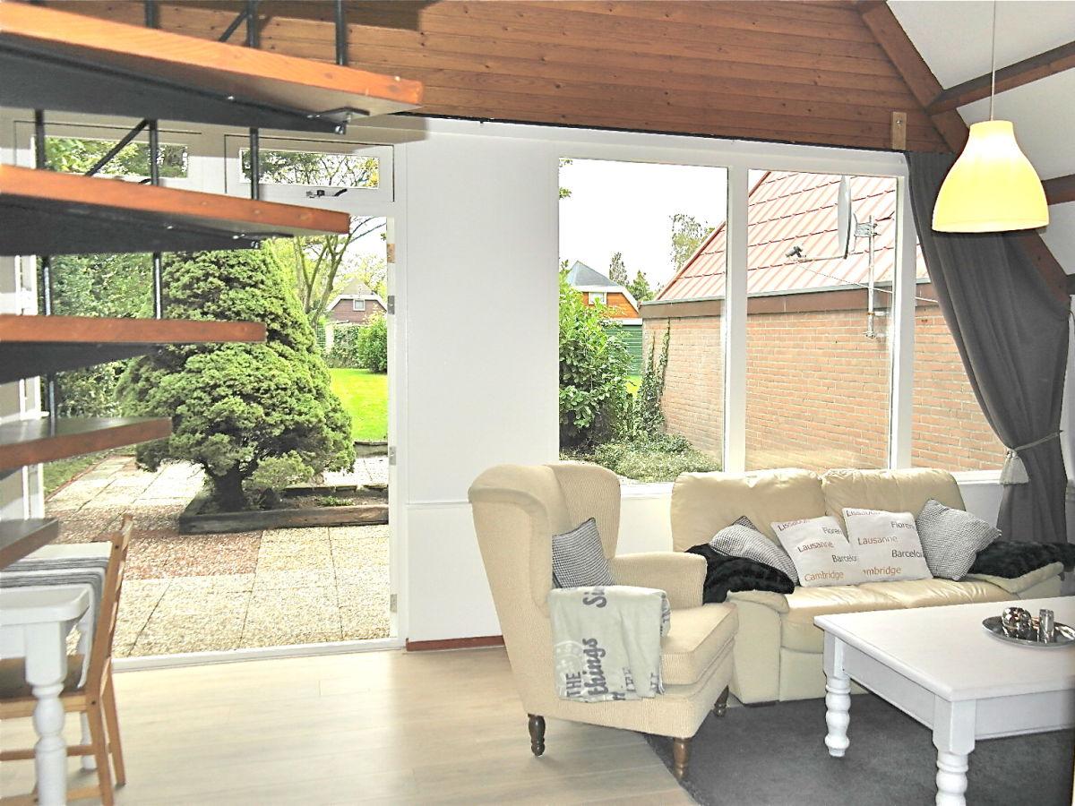 Ferienhaus la fleur ijsselmeer opmeer firma for Eingerichtete wohnzimmer